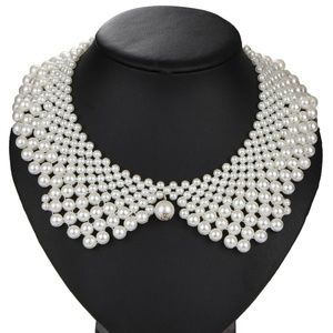 pearls and adjustable silver Color chain